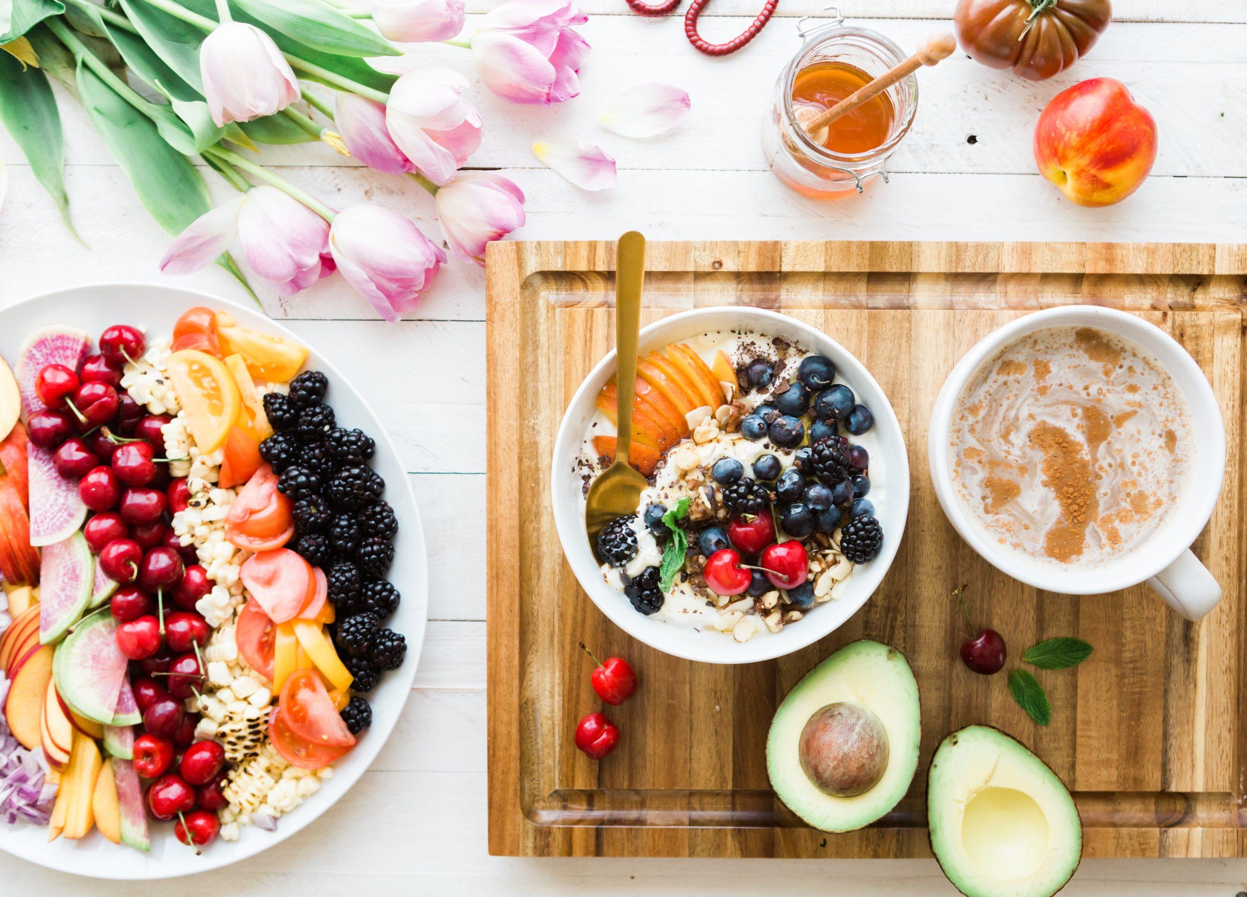 Healthy Yogurt Fruit Bowls