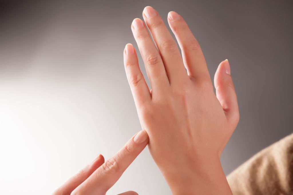 Gentle tapping hand
