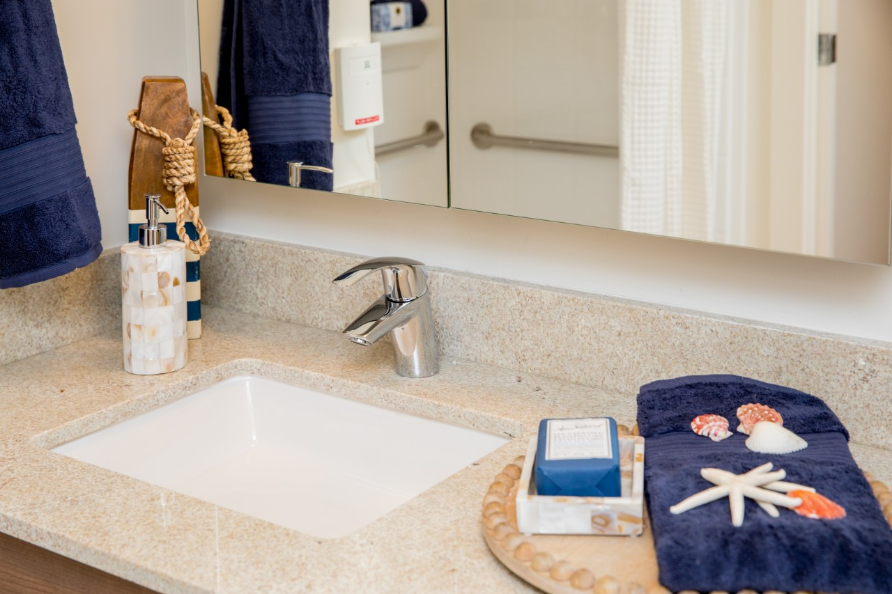 Oceana PARC bathroom