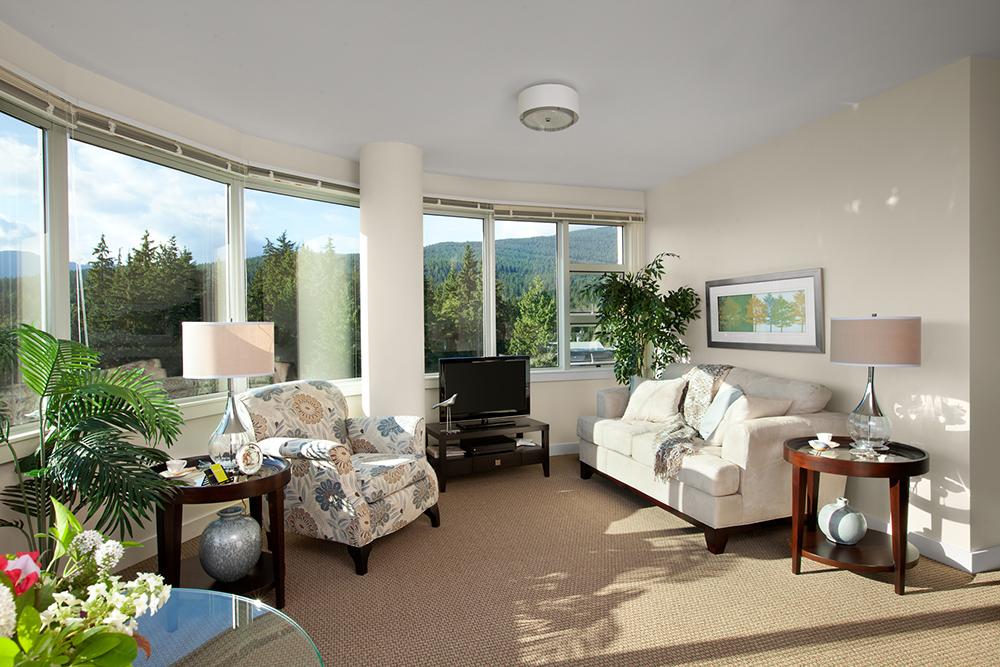 Cedar Springs PARC suite living room